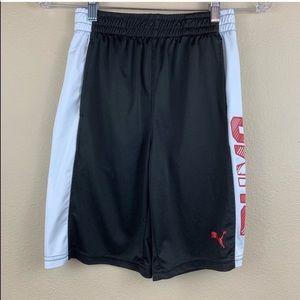 • Puma • Boys Puma Side Logo Athletic Shorts